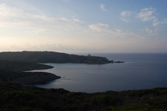 Asinara, İtalya: il sentiero del faro