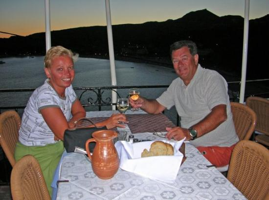 Taverna Arkoudas : Me and Maippi in Greece