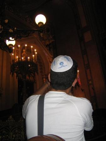 ซีนาโกกใหญ่: Eu e o meu kipoh na sinagoga