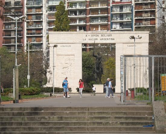 Parque Rivadavia : The monument of Simon Bolivar