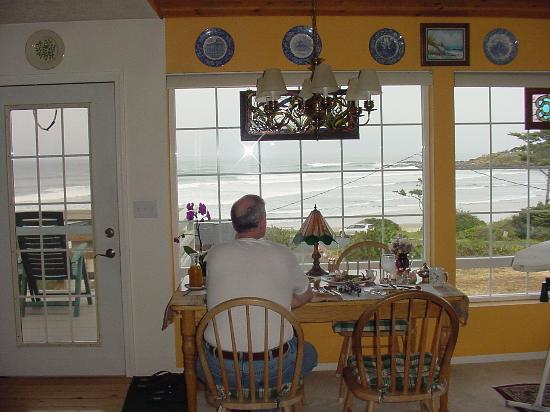 New England House: View from the breakfast table