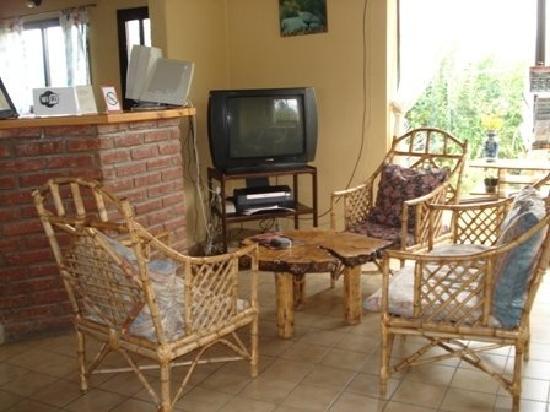 Aonikenk Bed & Breakfast: Sala de estar