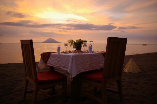 Kima Bajo Resort & Spa, Manado: our table for BBQ