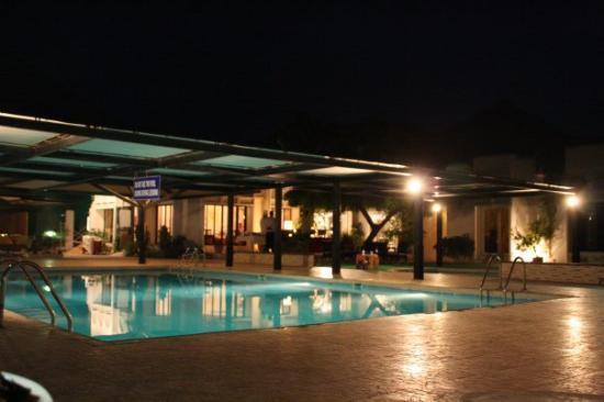 Muscat Hills Resort: der Pool