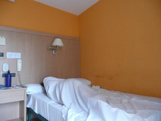 Our little cute room foto di hotel canton barcellona for Hotel per barcellona