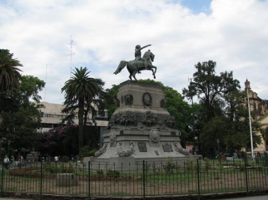 Córdoba, Argentina: plaza san martin