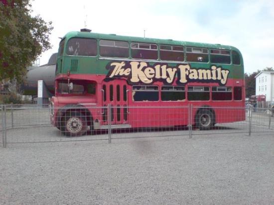 Technik-Museum Speyer: The Kelly Family bus