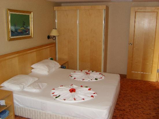 Alba Resort Hotel: Family Room Bedroom