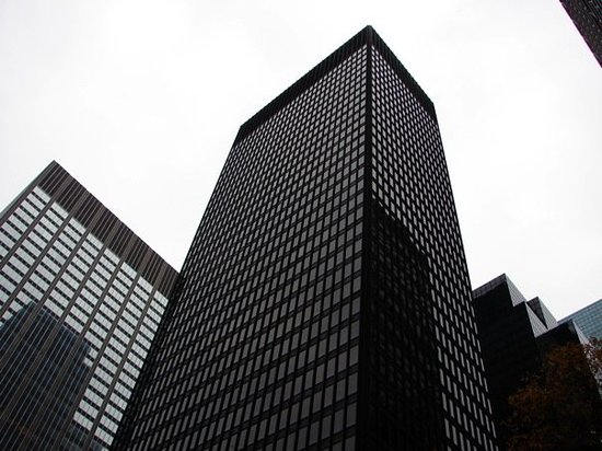 ‪Seagram Building‬