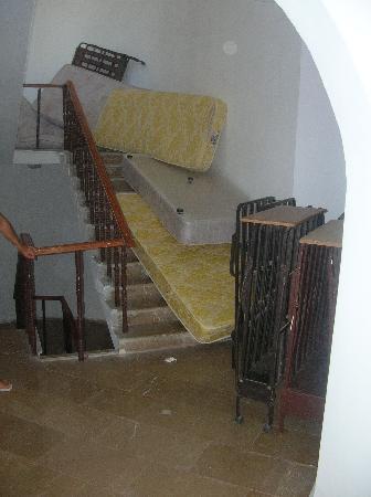 Parilti Hotel: per salire in camera