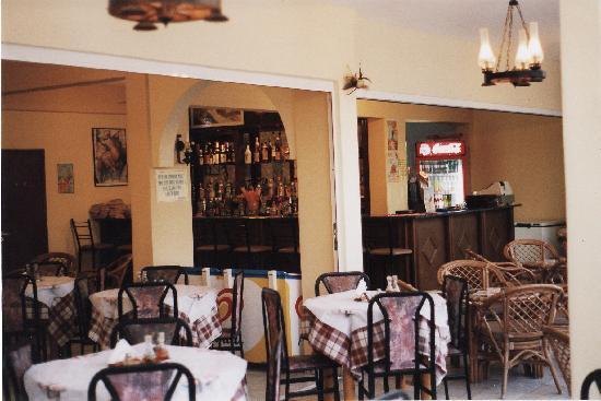 Esmeralda Hotel : Esmeralda apartments, Kremasti, Rhodes, Greece.