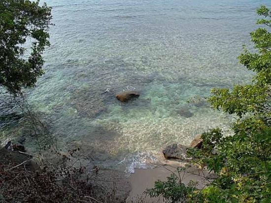 Sikuai Island: clarity d water