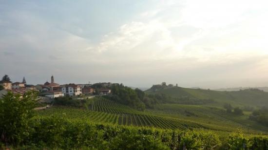 Neive, Italia: Piemonte, Neviglie, Italy