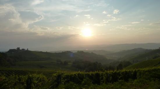 Neive, Itália: Piemonte, Neviglie, Italy