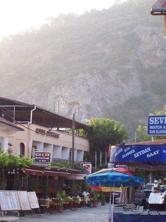 Gecit Restaurant