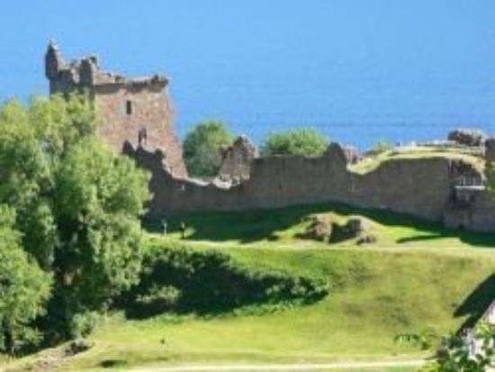 Urquhart Castle: Urquardt Castle