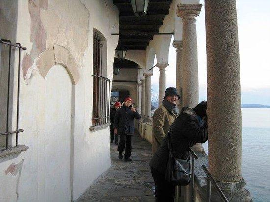 Eremo di S. Caterina del Sasso: S. Caterina, Lago Maggiore, Natale 2008