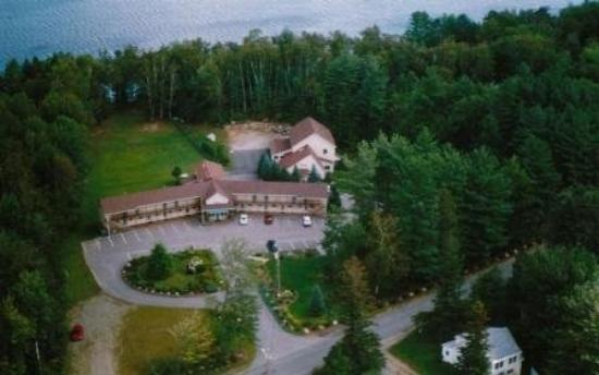 Wilton, ME: Front aerial view of Wilson Lake Inn