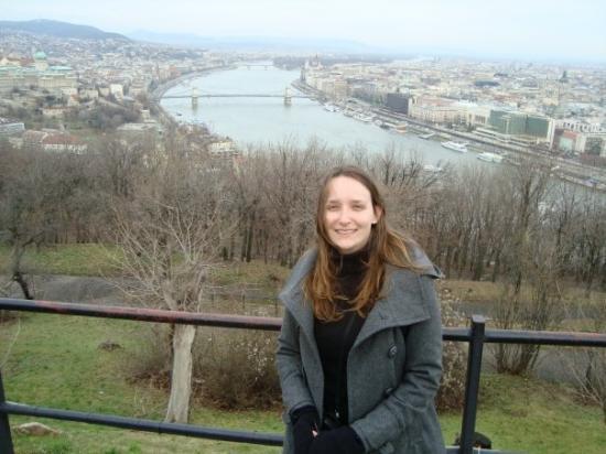 เนินเขาและอนุสาวรีย์เกลเลิร์ท: Budapest - Hungary