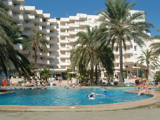 Photo of Playa Dorada Aparthotel Sa Coma