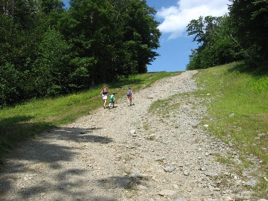 Jeffersonville, VT: steep hike to Rum Runners