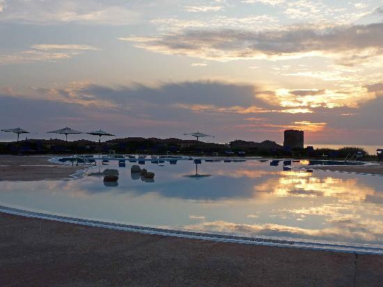 Hotel Relax Torreruja Thalasso & Spa: Torreruja tower from pool early evening