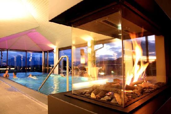 Romantik Hotel GMACHL: Pool im Dachgeschoß des Neubaus.