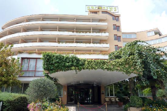Galzignano Terme, Italie : L'entrata dell'hotel