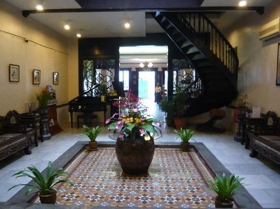 โรงแรมปูริ: Hall de réception