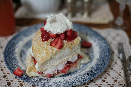 Spahn House: Special Breakfast Treat