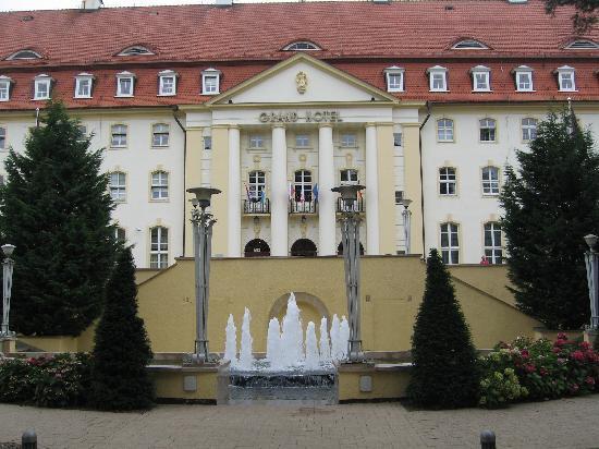 Sofitel Grand Sopot: Front facade
