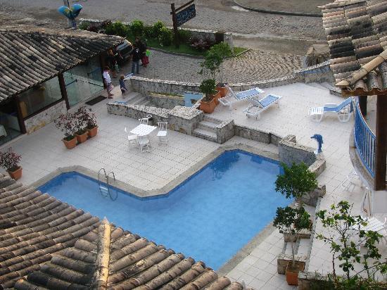 Coronado Beach Hotel: La pile vista desde arriba.....