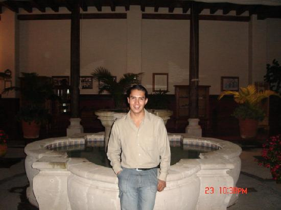 Hotel Mi Solar: patio principal
