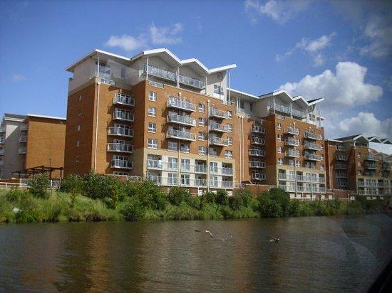 Riverside Living on the River Taff