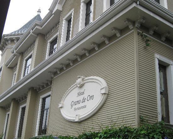 Hotel Grano de Oro San Jose : Front of hotel
