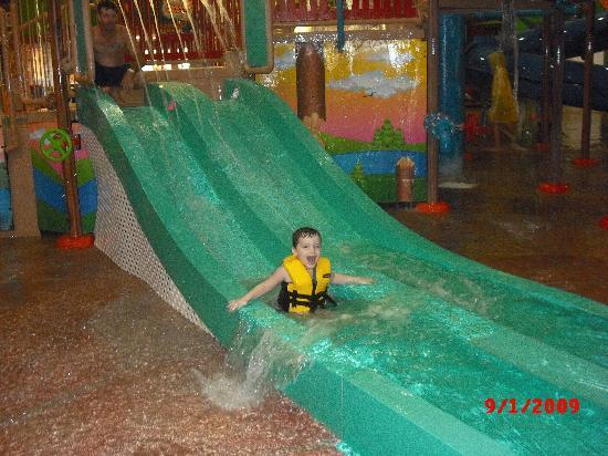 Dundee, MI: My 3 yr old enjoying the waterpark!