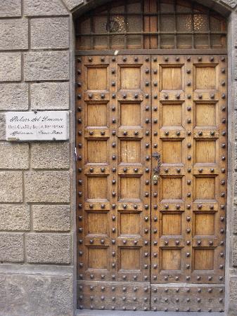 Relais del Duomo: front door