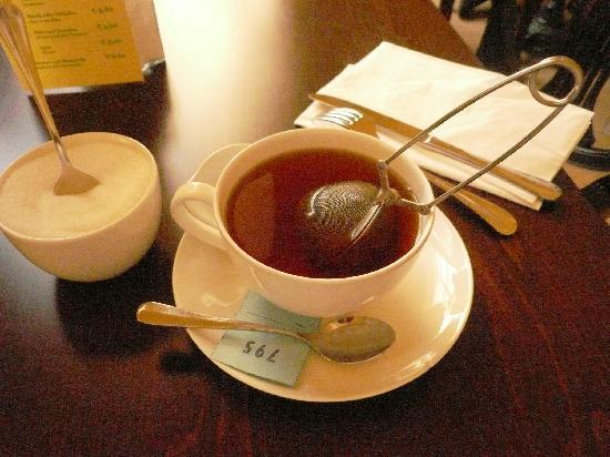 พิพิธภัณฑ์ศิลปะเดิม: 香り高い紅茶