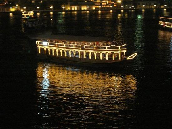 Astoria Hotel: Dhow Cruise in Dubai