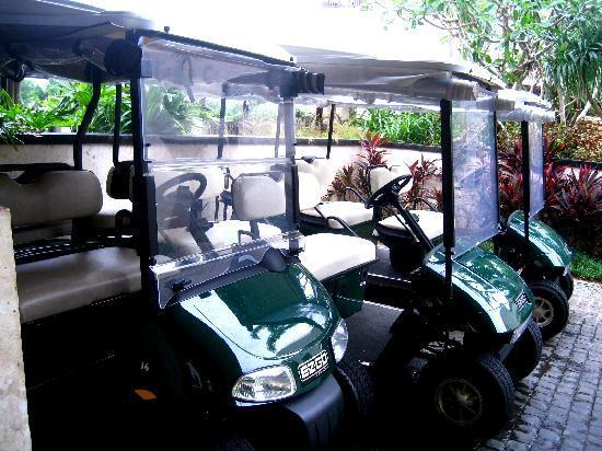 Shangri-La's Boracay Resort & Spa: buggy to get around the resort