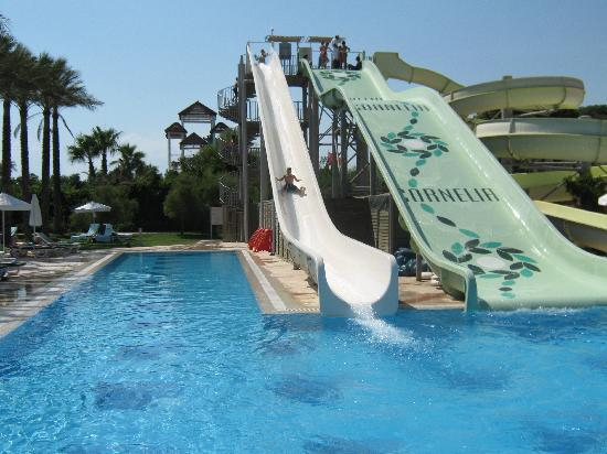 Cornelia De Luxe Resort : The notorious slides