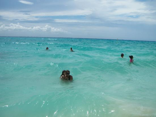 Iberostar Tucan Hotel: the beautiful blue water