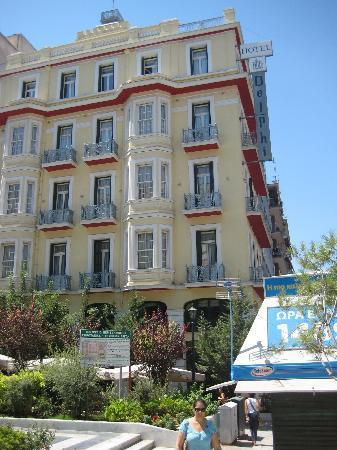 Delphi Art Hotel: Fachada del hotel