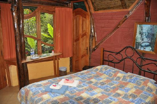 Hosteria Finca Chamanapamba : Zimmer mit Doppelbett