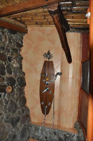 Hosteria Finca Chamanapamba: Dusche
