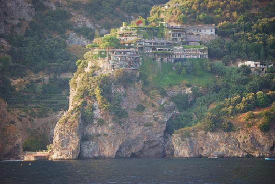 Il San Pietro di Positano: Il San Pietro from Sea