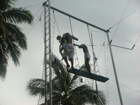 Club Med Ixtapa Pacific: At circus school, held every morning