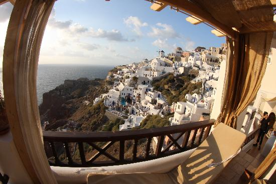Balcony - Art Maisons Luxury Santorini Hotels Aspaki & Oia Castle: .