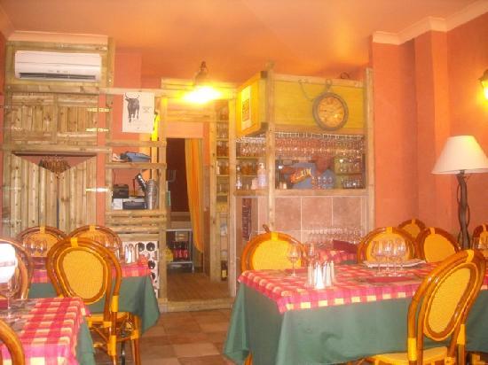 Hotel Chez Carriere: interno ristorante
