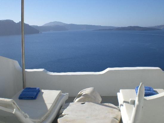 Andronis Luxury Suites: Pool Suite view